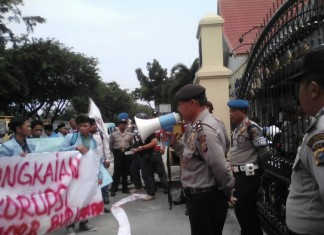 Kompol Siahaan, terima pernyataan sikap dari Massa AMPUH Kampar