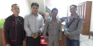 Ketua LM2R ,Jefrizal didampingi Sekje Tito hartoto SH, dan kabag Humas LM2R Bung Kelana Riau (foto-Nal)
