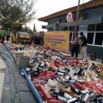 Foto : Ribuan botol miras dimusnahkan