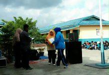 Desisraheti, S.Pd , Menerima Penghargaan dari Komunitas Pena Kelana