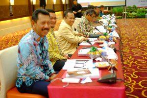 Bupati Irwan Bersama beberapa Bupati dan walikota se Riau dan Riau Kepri. (foto:hms)