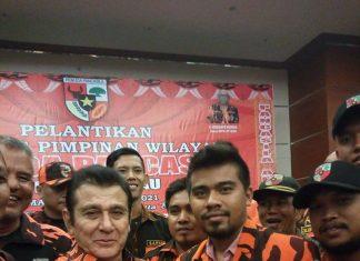 Ketua PAC Rumbai Salam Komando bersama Ketua MPN PP Japto Soelistyo Soerjosoemarno, SH