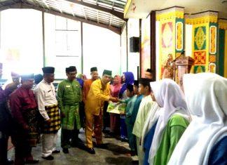 foto;Disdik Kota Pekanbaru, Seragam Sekolah bukan tanggung jawab Pemerintah