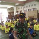Koramil Sedang Memberi Pelatihan kepada Siswa SMK