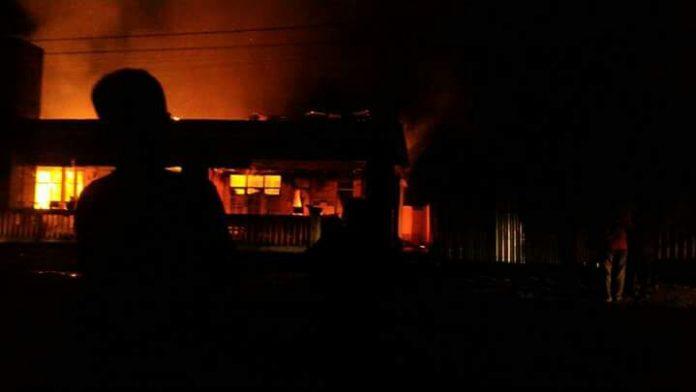 Sebuah Gedung Puskesmas Di Aceh Selatan Ludes di Lalap Sijago Merah: Foto Anshar Aceh Selatan
