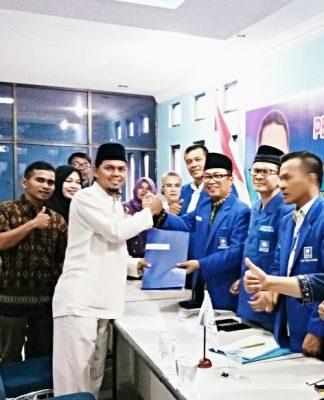 Tampak Semangat Khairuddin Al Young Riau Mengembalikan Berkas cawagubri