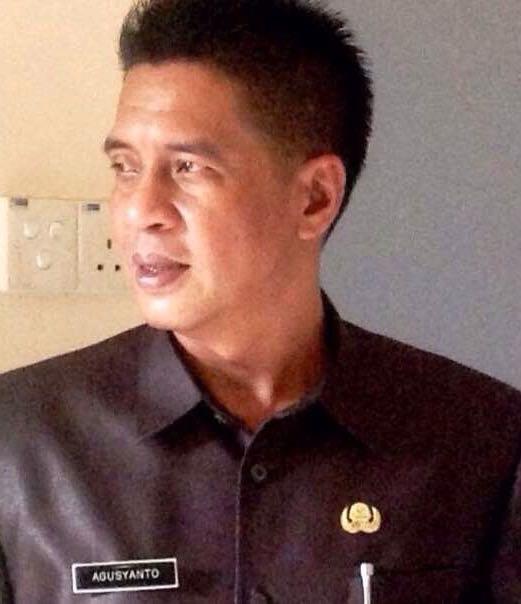 Agusyanto Bakar, SSos, MSi