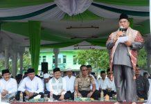Ustaz Kamidin Selian Sedang Memberikan Taushiyah Dalam Rangka Peringatan Tahun Baru Islam