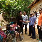 Murid SMPN 1 Kaeang Baru Bnatu Penderita Polio Di Aceh Tamiang