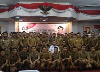 Gubernur Andi Foto Bersama dengan para IPDN