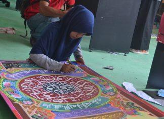 Tampak Peserta putra Cabang lomba khattil Quran Katagori Dekorasi. Foto Bagian Humas Aceh Timur.