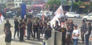 Ormas di Bali Menolak kedatangan Ust Abdul Somad (viva/Bobby Andalan)