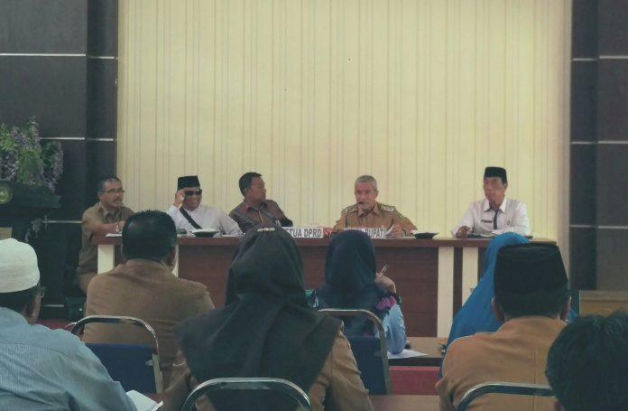 Said Hasyim Pimpin Rapat Keberangkatan Peserta MTQ ke Dumai
