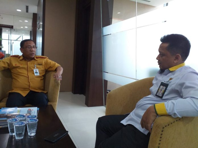 H Yurnal Edward Diskusi Bersama Pimpinan Divisi Syariah BRK