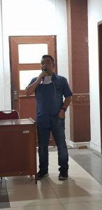 Taufik Hidayat ketua Umum Dewan Kesenian Riau terpilih memberikan sambutan kepada peserta Musenda Dipercepat DKR