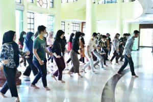 Para guru kesenian, komunitas seni mengikuti Workshop Tari Zapin pada acara Riau Zapin Fastival 2020